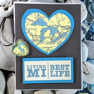 Living MI Best Life Michigan Map Pendant/Card Set